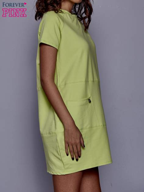 Limonkowa sukienka dresowa z kieszenią z boku                                  zdj.                                  3