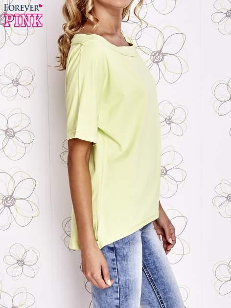 Limonkowy t-shirt z dekoltem w łódkę                                  zdj.                                  3