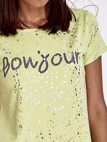 Limonkowy t-shirt z napisem BONJOUR                                  zdj.                                  5
