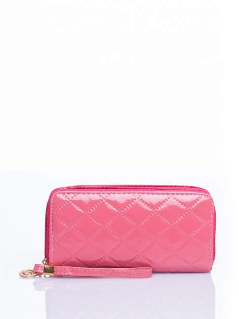 Łososiowy lakierowany pikowany portfel
