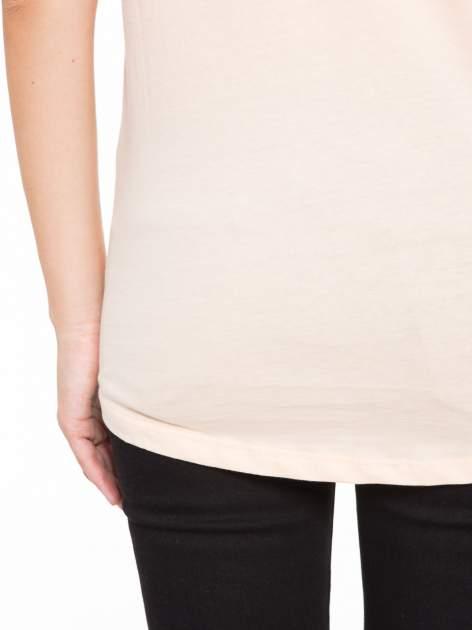Łososiowy t-shirt z nadrukiem roweru                                  zdj.                                  9