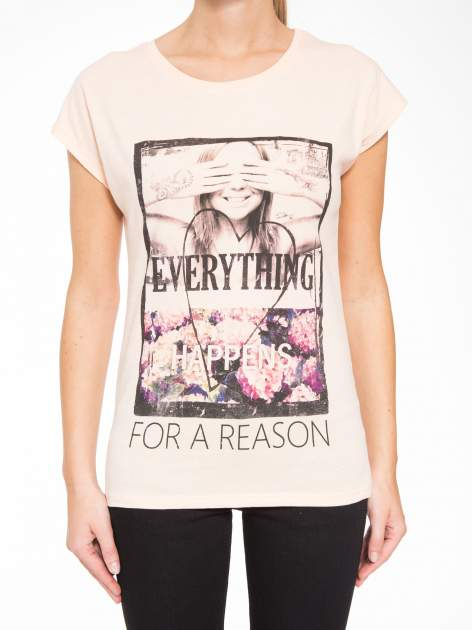 Łososiowy t-shirt z napisem EVERYTHING HAPPENS FOR A REASON                                  zdj.                                  7