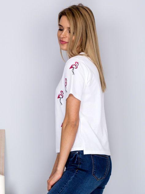 Luźny t-shirt we flamingi biały                              zdj.                              3