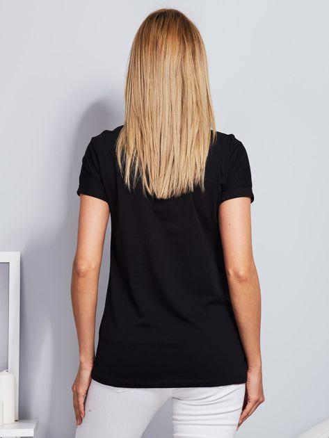 Luźny t-shirt z haftowaną aplikacją roweru czarny                              zdj.                              2