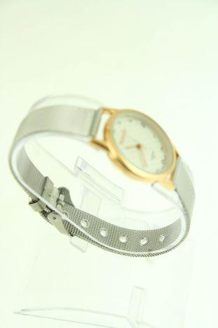 Mały biały zegarek damski na srebrnym pasku                                  zdj.                                  2