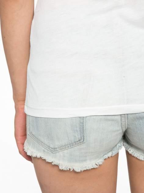 Melanżowo-granatowy t-shirt z nadrukiem FASHION 88                                  zdj.                                  10