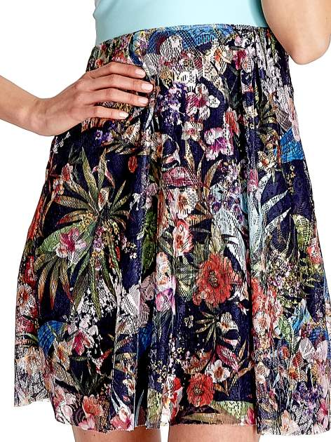 Miętowa sukienka z kwiatowym dołem                                  zdj.                                  3
