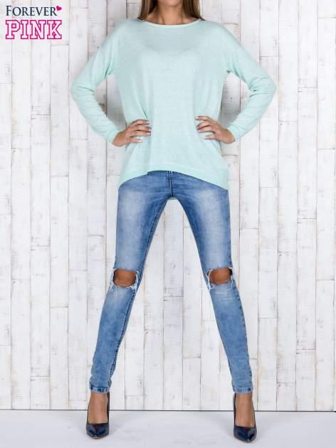 Miętowy nietoperzowy sweter oversize z dłuższym tyłem                                  zdj.                                  2