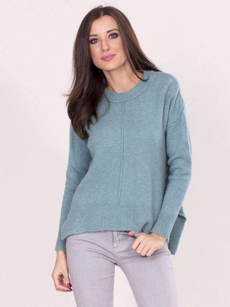 Miętowy sweter z dłuższym tyłem                              zdj.                              1