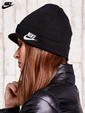 NIKE Czarna dzianinowa czapka z daszkiem                                  zdj.                                  2