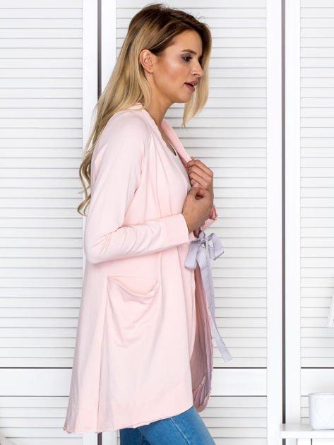 Narzutka damska z wiązaniem różowa                                  zdj.                                  3