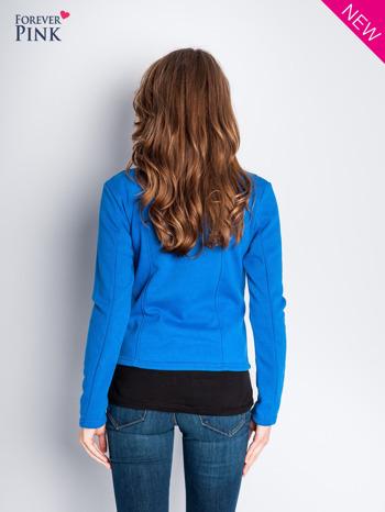 Niebieska bluza o kroju ramoneski z asymetrycznym suwakiem                                  zdj.                                  7