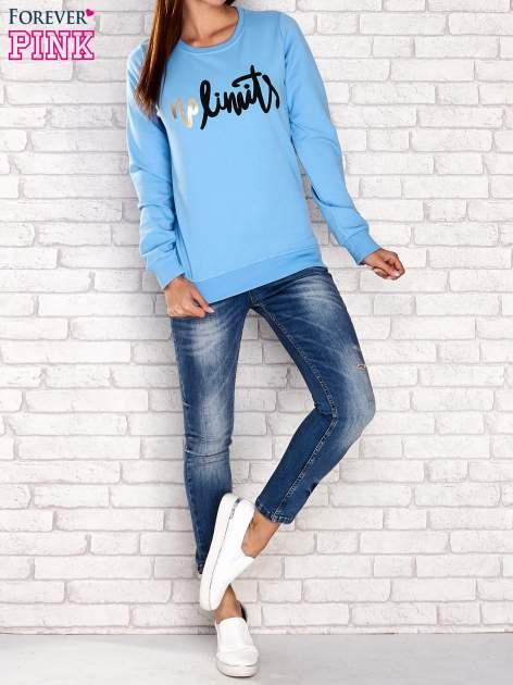 Niebieska bluza z napisem NO LIMITS                                  zdj.                                  2