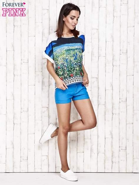 Niebieska bluzka koszulowa z nadrukiem łąki                                   zdj.                                  2