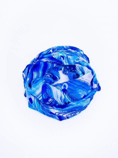 Niebieska chusta w paski                                  zdj.                                  2
