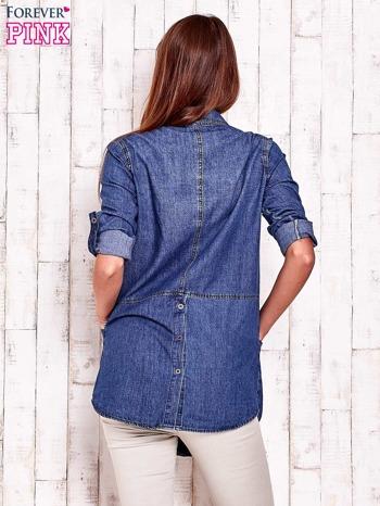 Niebieska denimowa koszula z podwijanymi rękawami                                  zdj.                                  4