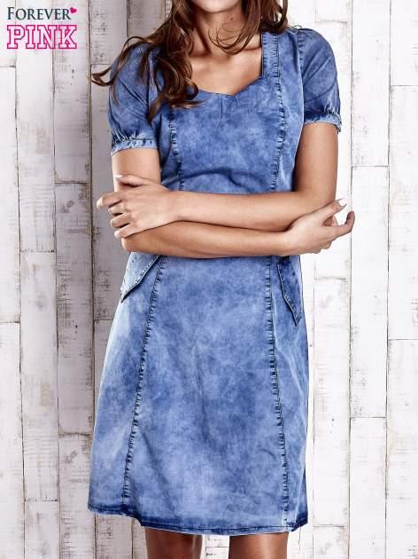 Niebieska denimowa sukienka z wycięciami na plecach                                  zdj.                                  1