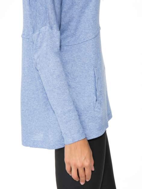 Niebieska dresowa bluza oversize z kieszeniami                                  zdj.                                  10