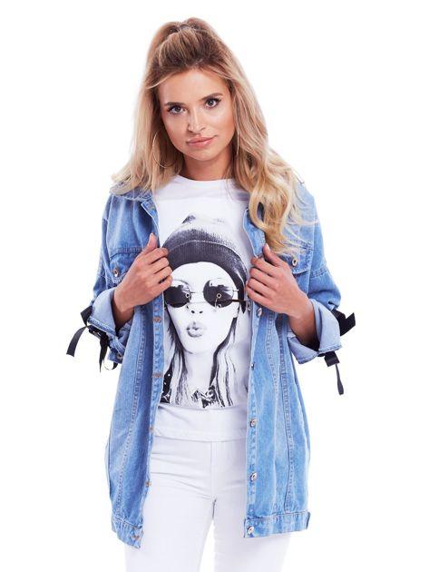 Niebieska jeansowa kurtka ze sznurowaniem na rękawach                              zdj.                              1