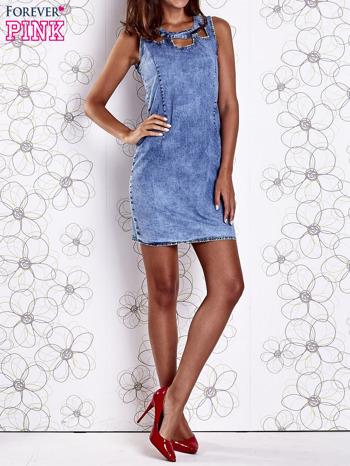 Niebieska jeansowa sukienka z wycięciami                                  zdj.                                  9