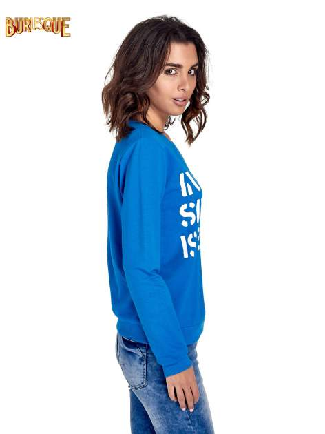 Niebieska klasyczna bluza damska z napisem IN LIFE SIMPLE IS BEST                                  zdj.                                  3