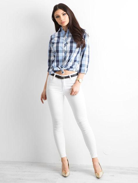 Niebieska koszula damska w kratę                              zdj.                              4