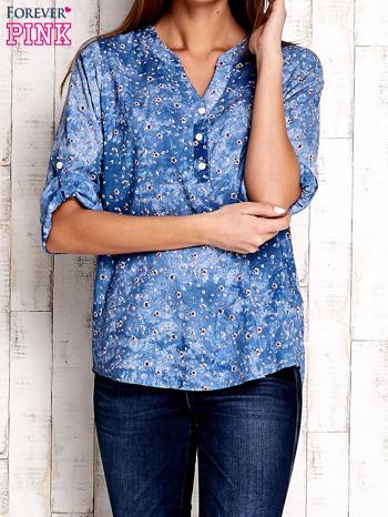 Niebieska koszula w malarskie desenie                                  zdj.                                  1