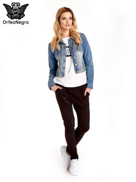 Niebieska kurtka jeansowa damska z przetarciami                                  zdj.                                  2