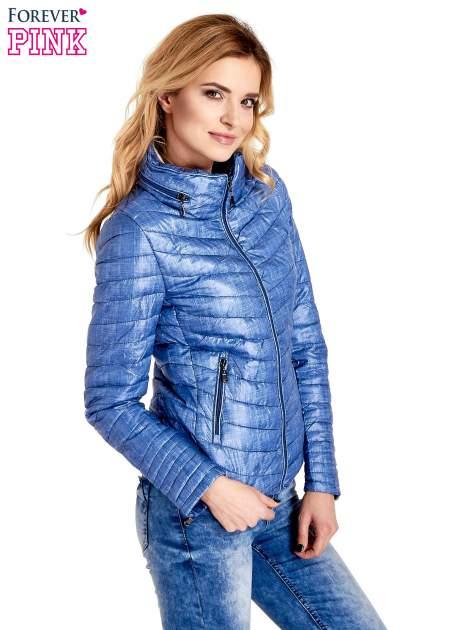Niebieska lekka kurtka puchowa z suwakami przy rękawach                                  zdj.                                  3