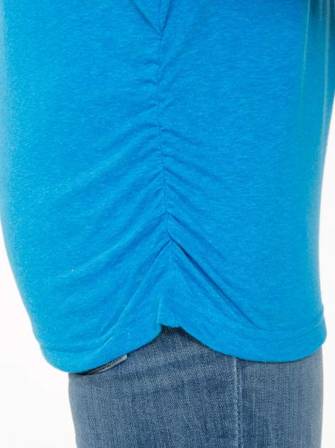 Niebieska luźna bluzka z rękawem 3/4                                  zdj.                                  7