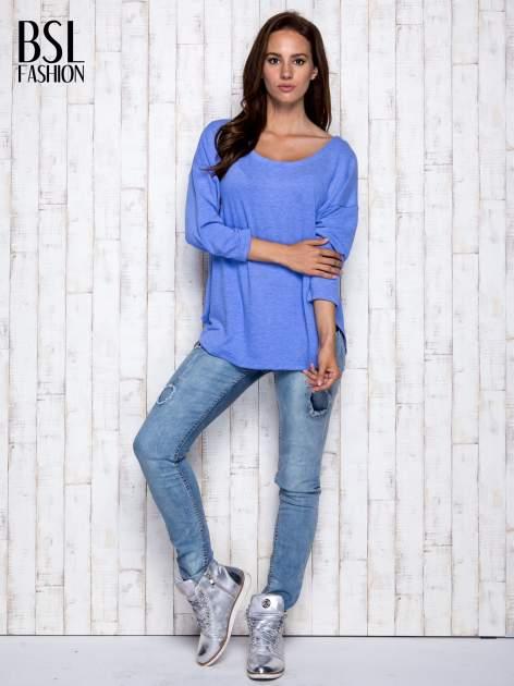 Niebieska melanżowa bluzka z dekoltem na plecach                                  zdj.                                  2