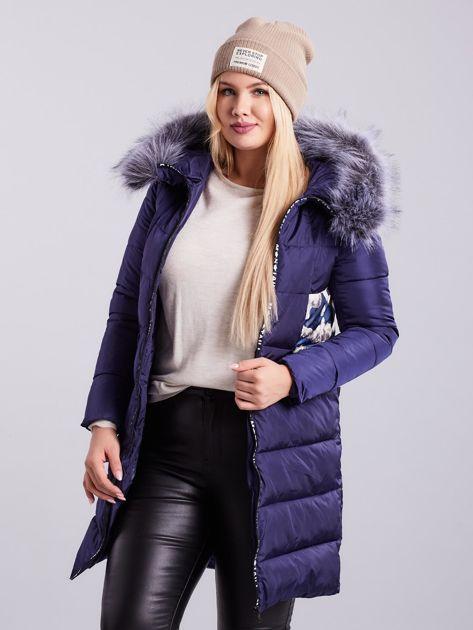 Niebieska pikowana kurtka zimowa PLUS SIZE                              zdj.                              1
