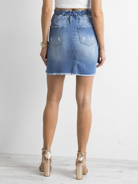 Niebieska spódnica jeansowa z przetarciami                              zdj.                              2