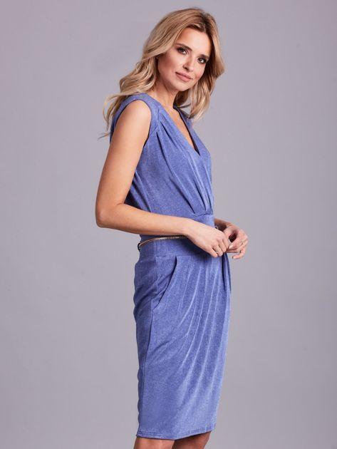 Niebieska sukienka z dekoltem na plecach                              zdj.                              3