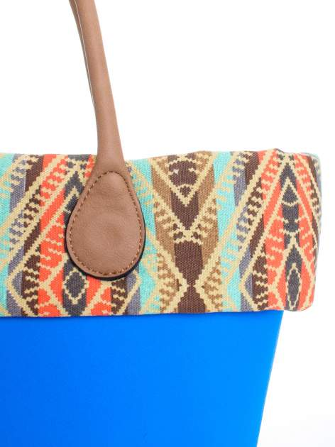 Niebieska torba gumowa z motywem azteckim                                  zdj.                                  5