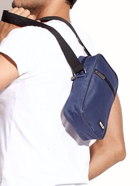 Niebieska torba męska materiałowa                              zdj.                              3