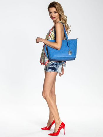 Niebieska torba shopper bag z zawieszką                                  zdj.                                  6