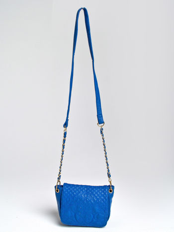 Niebieska torebka na ramię na pasku łańcuszku                                  zdj.                                  1