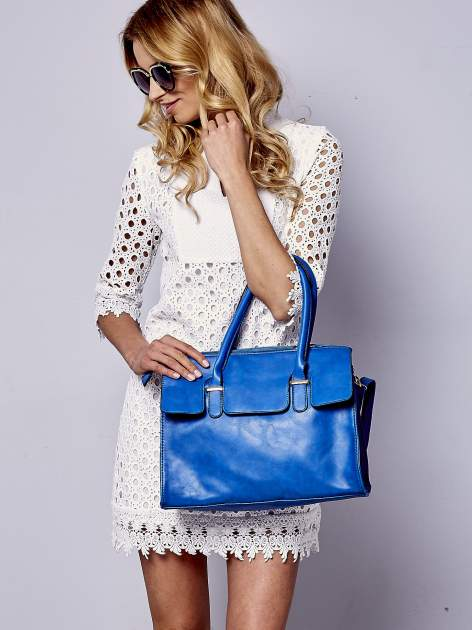 Niebieska torebka teczka z klapką