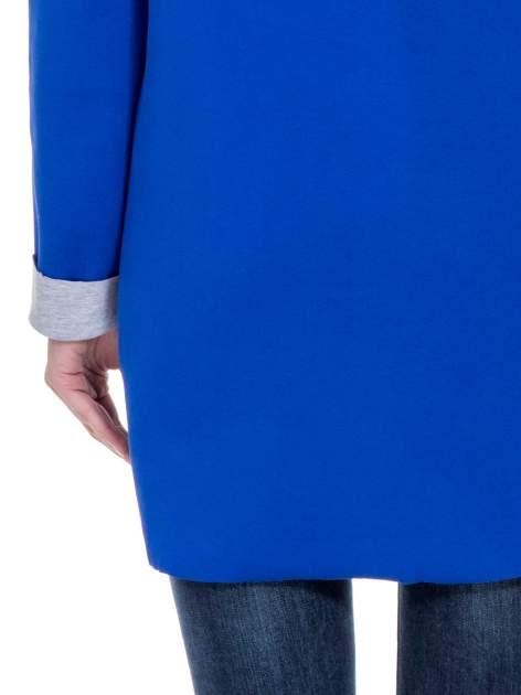 Niebieski dresowy płaszcz oversize z kapturem                                  zdj.                                  8