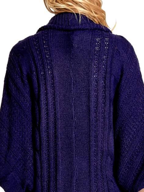 Niebieski dziergany sweter typu otwarty kardigan                                  zdj.                                  7
