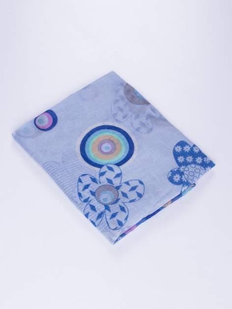 Niebieski komin we wzór z grochów i kwiatów                                  zdj.                                  3