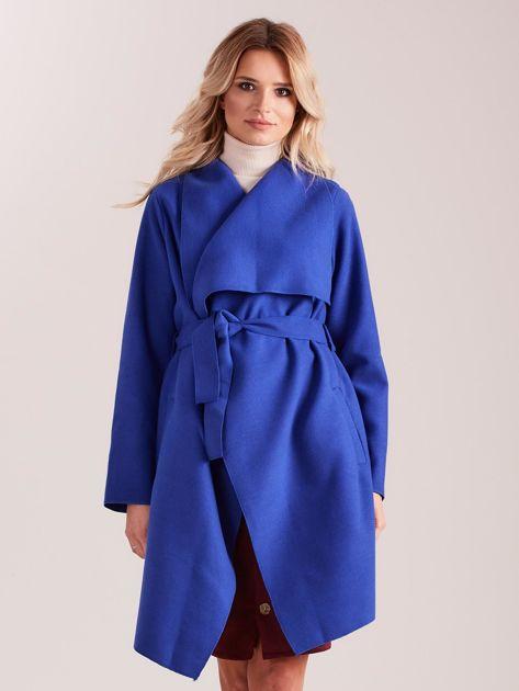 Niebieski płaszcz z kieszeniami i wiązaniem                              zdj.                              1