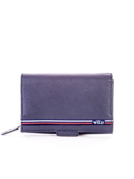 Niebieski skórzany portfel z zapięciem                              zdj.                              1