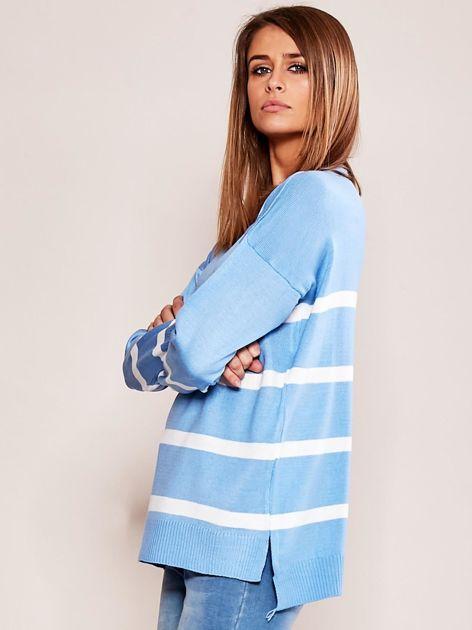 Niebieski sweter damski w pasy                              zdj.                              3