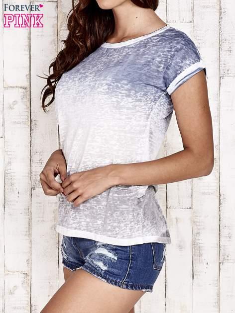 Niebieski t-shirt w ciapki                                  zdj.                                  3