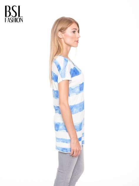Niebieski t-shirt w paski tie-dye                                  zdj.                                  3