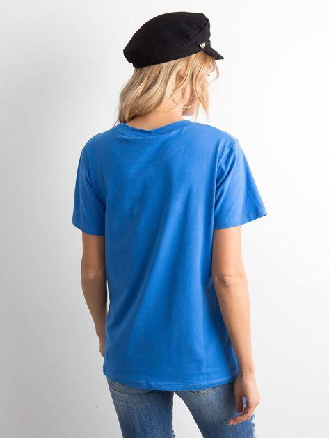 Niebieski t-shirt z aplikacją                              zdj.                              2