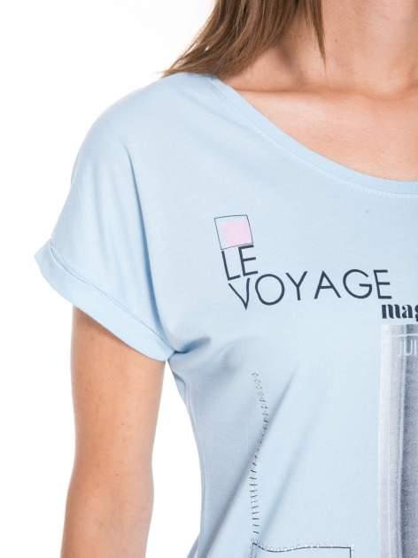 Niebieski t-shirt z nadrukiem fashion                                  zdj.                                  7