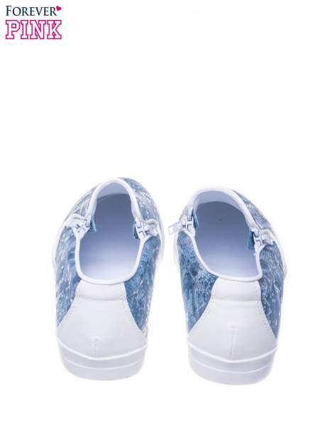 Niebieskie buty slip on Katie ze skóry węża                                  zdj.                                  3